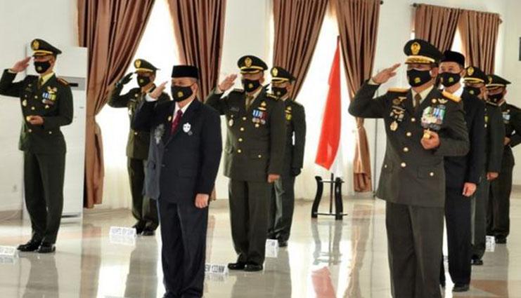 HUT Ke – 75 TNI jadi Momentum Perkuat Sinergi Tangani Covid-19