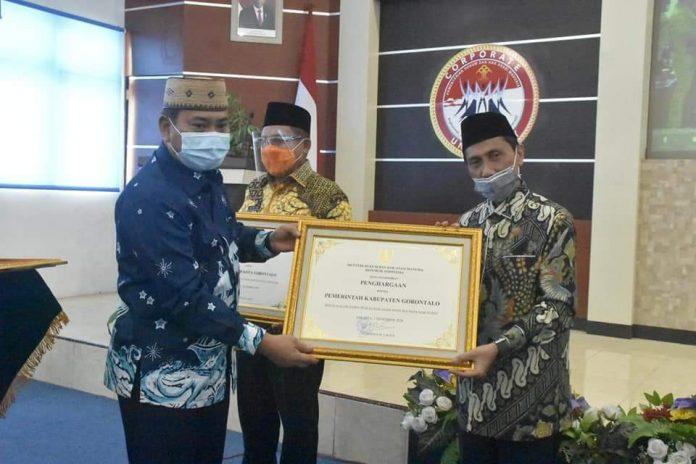 Kabupaten Gorontalo Raih Penghargaan Kabupaten Peduli HAM