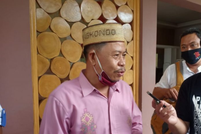 Ketua Komisi Kerukunan Beragamana MUI Gorontalo, Suleman Tongkonoo