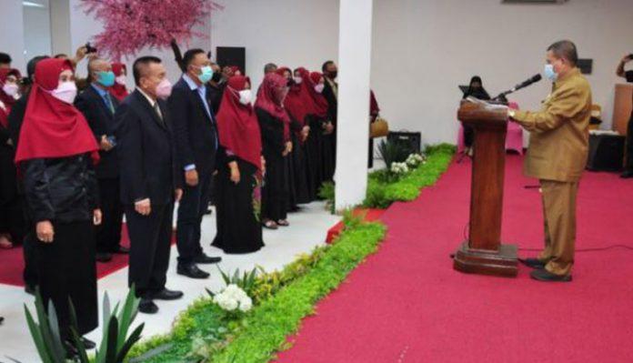 Pengurus Persaudaraan Tanggidaa Mulolo Dilantik Wakil Gubernur Gorontalo
