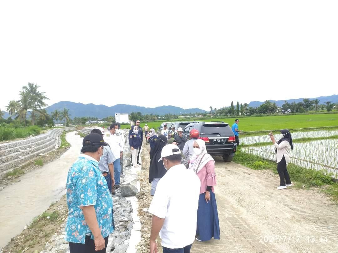 Pembangunan Bronjong Atasi Banjir di Desa Miranti