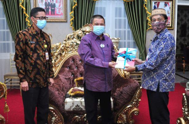 BPKP Serahkan Laporan Pengawasan Semester I Tahun 2021 ke Wakil Gubernur Gorontalo