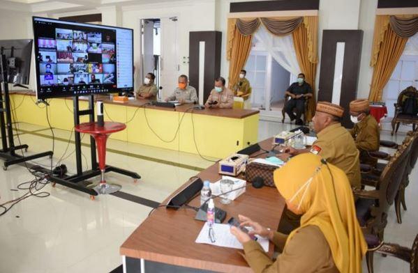 Lurah dan Kades di Gorontalo Wajib Lapor Perkembangan Vaksinasi