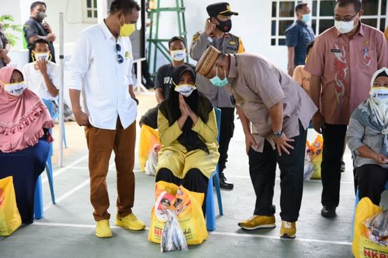 Gubernur Gorontalo Ingatkan Warga Bongomeme dan Dungaliyo soal Prokes Covid-19