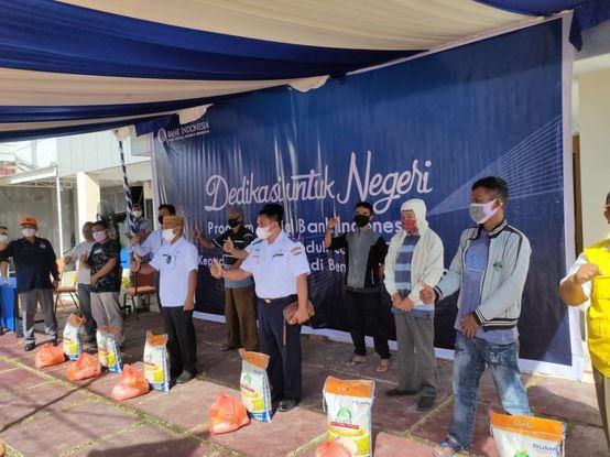 Ikatan Pengemudi Bentor di Gorontalo terima Bantuan Peduli Covid-19